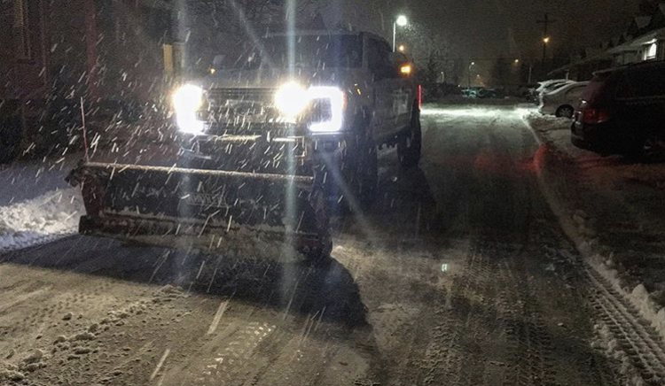 lynx-contracting-snow-removal-salting-service